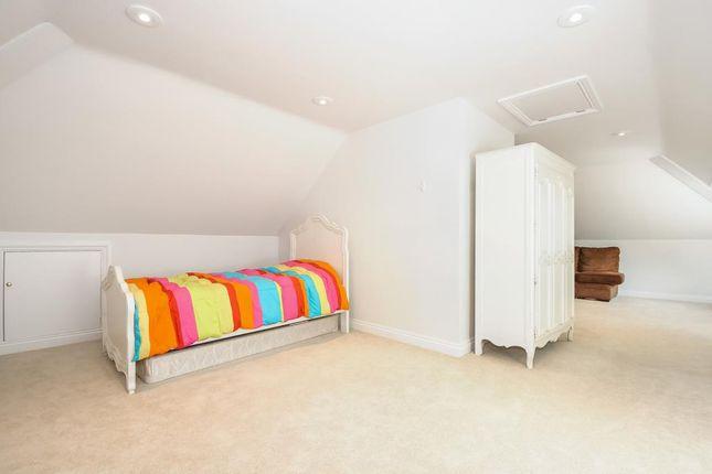 Bedroom of Sunningdale, Berkshire SL5