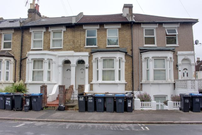 Thumbnail Studio to rent in Tanfield Road, Croydon