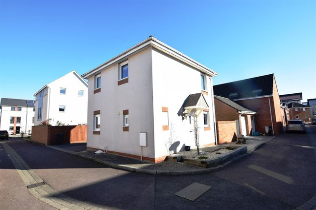 Thumbnail Detached house for sale in Forth Avenue, Portishead, Bristol