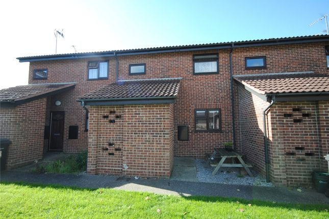 Thumbnail Flat for sale in Belvawney Close, Chelmsford, Essex