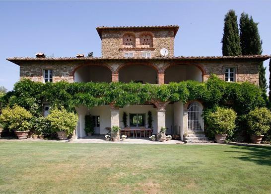 6 bed farmhouse for sale in 52021 Bucine Ar, Italy