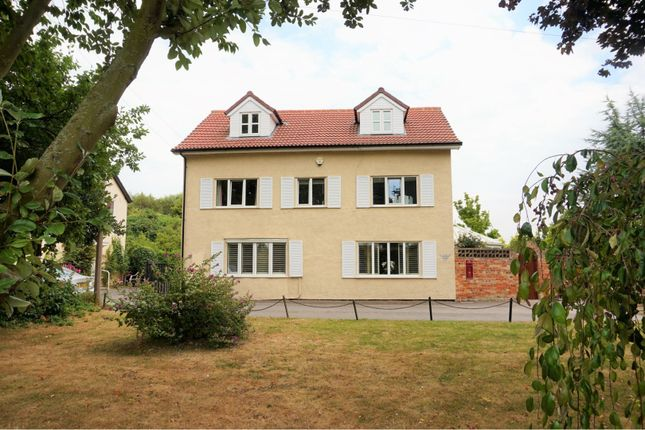 Thumbnail Detached house for sale in 16 Waterside, Thorne