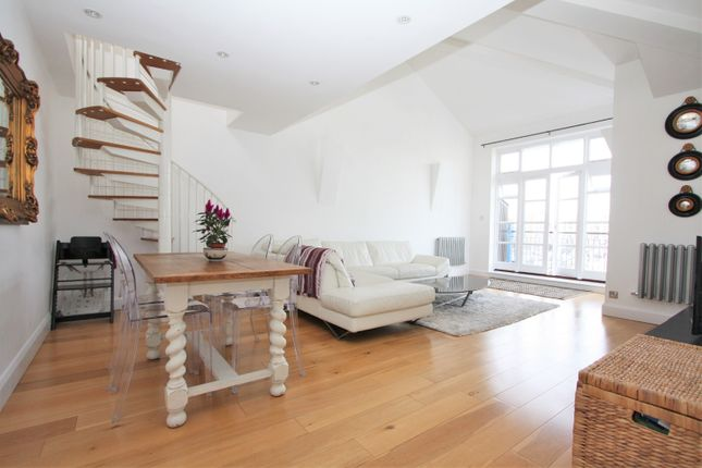 Thumbnail Flat to rent in 9 Fleet House, Victory Place, Limehouse