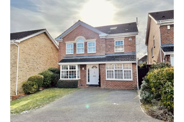 Thumbnail Detached house for sale in Tilekiln Close, Waltham Cross