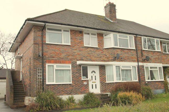2 bed maisonette to rent in Halsford Park Road, East Grinstead