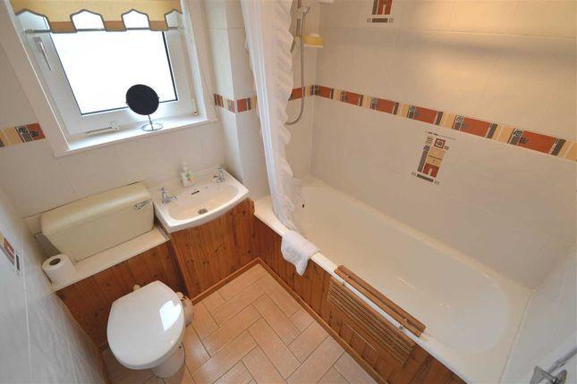 Bathroom of Kintore Park, Hamilton ML3