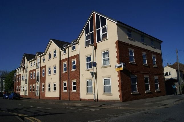 2 bed flat for sale in Portland Street, Lincoln