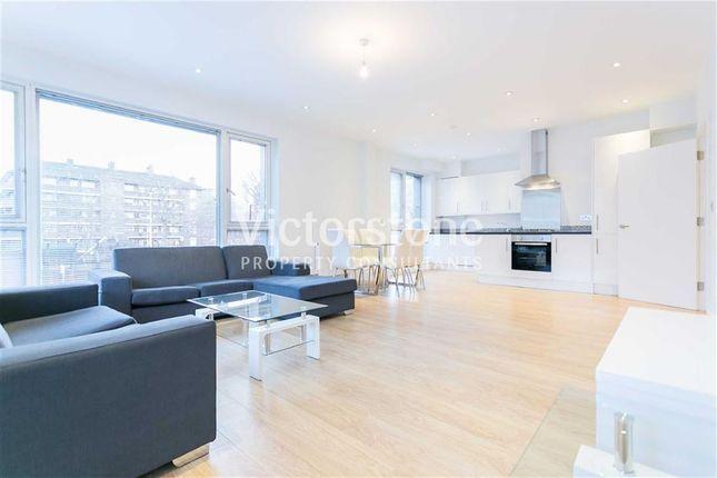 2 bed flat to rent in Heneage Street, Spitalfields, London