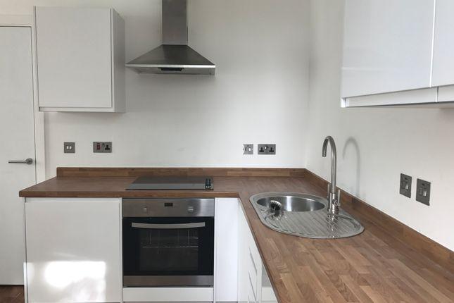 Thumbnail Flat to rent in Trident Apartments, Ashton Lane, Sale, Manchester