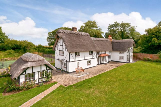 Thumbnail Detached house for sale in Heath Road, West Farleigh, Maidstone