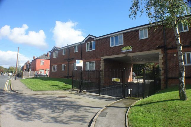 Thumbnail Flat to rent in St Gabriels Mews, Middleton