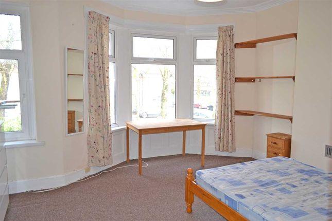 Bedroom 1 of Africa Gardens, Heath/Gabalfa, Cardiff CF14