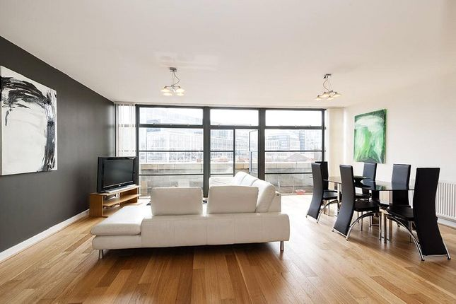 2 bed flat to rent in Exchange Building, 132 Commercial Street, London E1