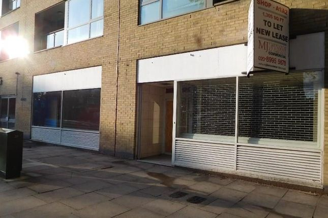 Thumbnail Retail premises to let in Shop Ladbrokes, Former Ladbrokes, 548-550, Chiswick High Road, Chiswick