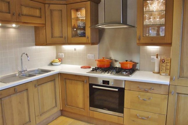 Kitchen of Burrwood Court, Holywell Green, Halifax HX4