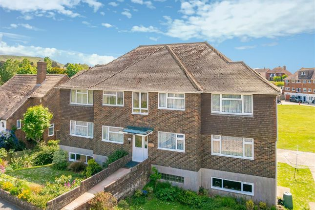 Thumbnail Flat for sale in Chyngton Road, Seaford