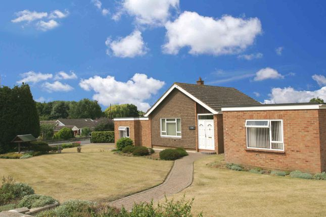 4 bed property for sale in Sycamore Drive, Thame