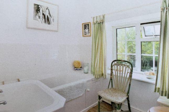 Bathroom of Eardisley, Hereford HR3