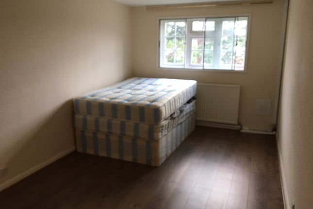 Thumbnail Flat to rent in Copper Beeches, Witham Road, Flat