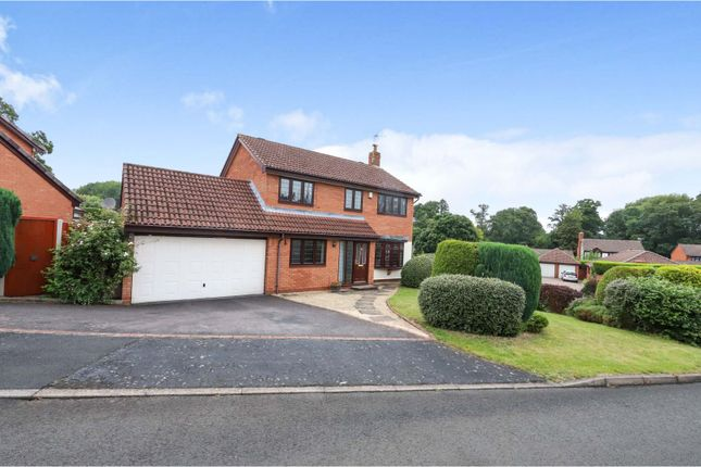 4 bed detached house for sale in Greenfinch Close, Kidderminster DY10
