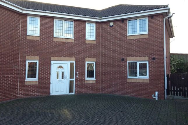 Thumbnail Flat to rent in Bole Close, Low Valley, Barnsley