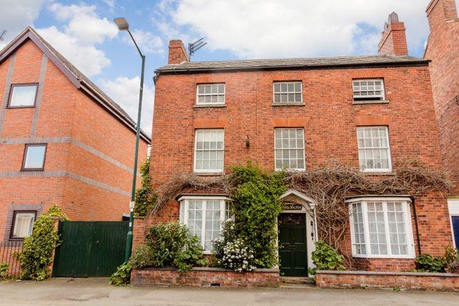 Thumbnail Detached house for sale in Warwick Road, Warwick, Warwickshire
