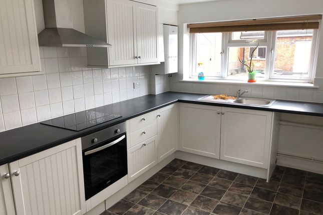 Thumbnail Flat to rent in New Bedford Rd, Luton