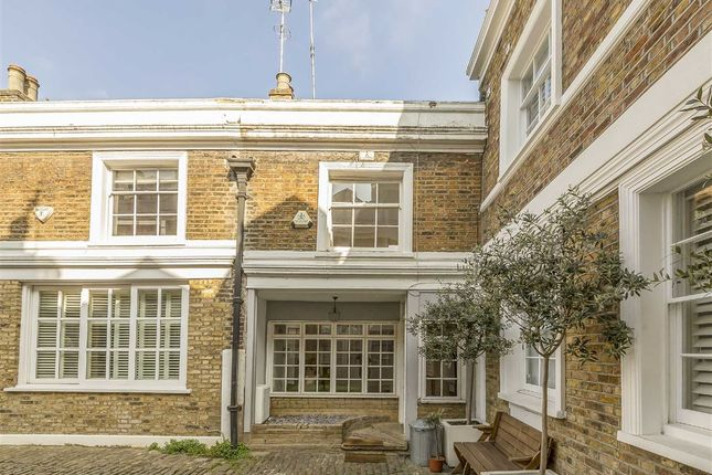 2 bed property for sale in Denbigh Close, London