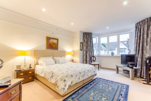 Thumbnail Semi-detached house for sale in Lyndhurst Gardens, Finchley