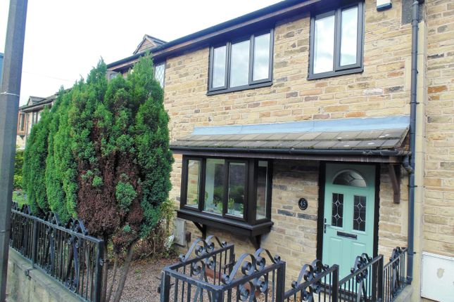 3 bed town house to rent in The Combs, Thornhill, Dewsbury WF12
