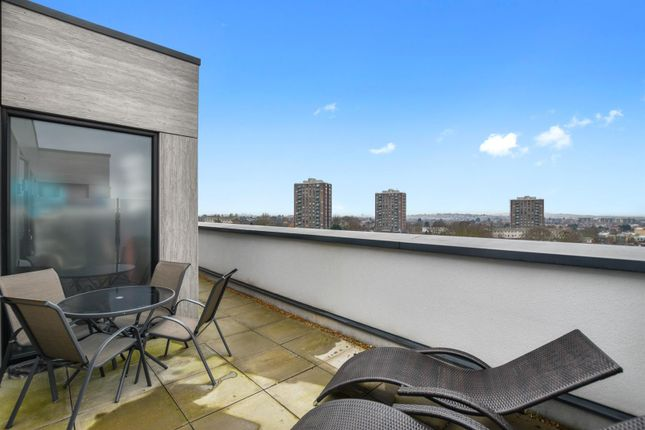 Thumbnail Flat to rent in Finchley Road, Golders Green