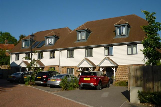 Property to rent in Sunnyside Close, Dunnings Road, East Grinstead