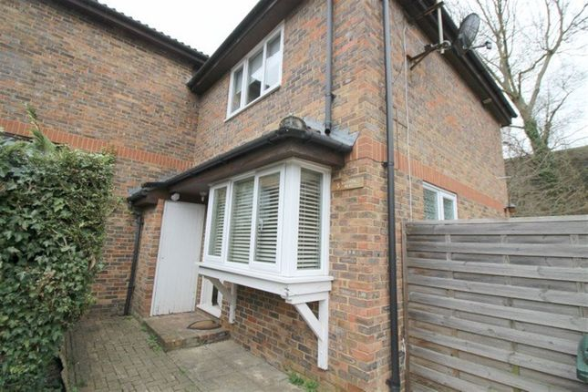 Thumbnail Property to rent in Darenth Lane, Dunton Green, Sevenoaks