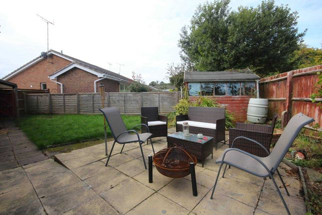 2 bed semi detached bungalow for sale in knightswood