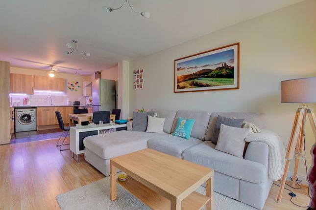 2 bedroom flat for sale in Butts Road, Southampton