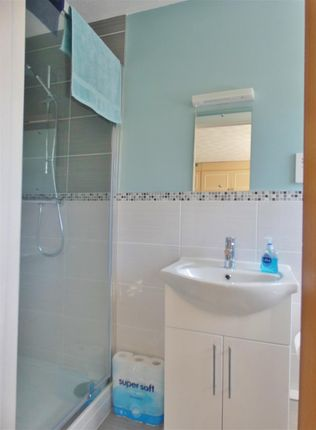 En-Suite of Greenway, Eastbourne BN20