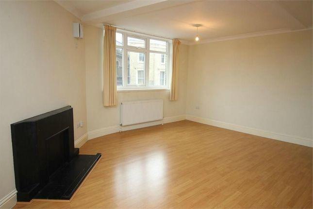 Thumbnail Flat to rent in Folkestone Road, London