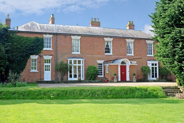 4 bed country house for sale in Harbury, Leamington Spa, Warwickshire