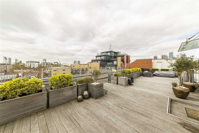 Thumbnail Flat to rent in Maltby Street, London