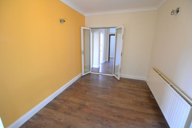 Thumbnail End terrace house to rent in Glenny Road, Barking