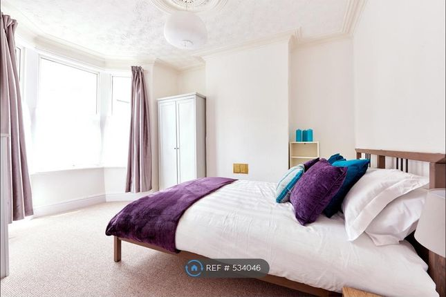 Thumbnail Room to rent in Chessel Street, Bristol