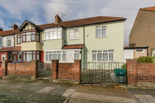 Thumbnail Property for sale in Stanford Way, Streatham Vale