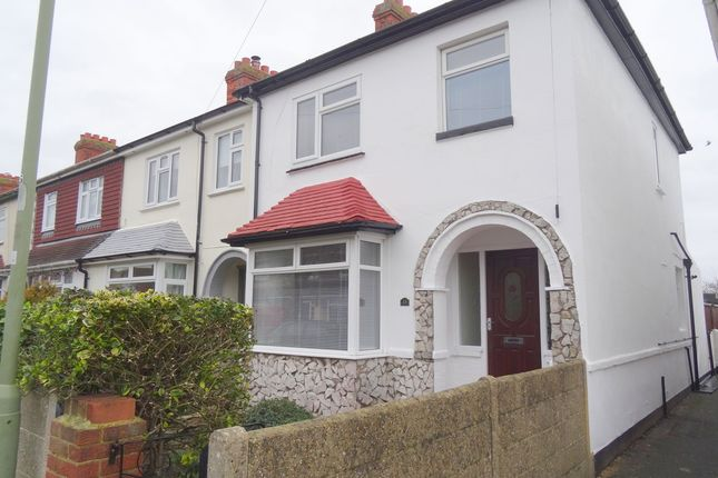 3 bed semi-detached house to rent in Whitworth Close, Gosport