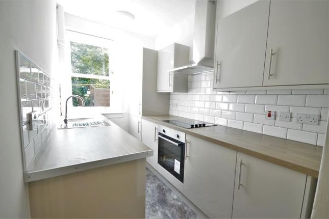 Thumbnail Flat to rent in South Sloan Street, Edinburgh
