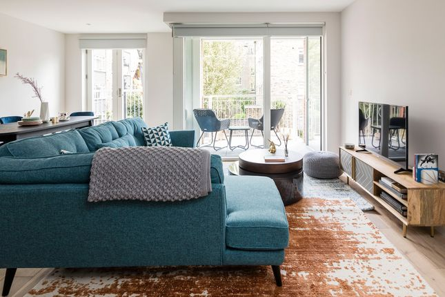 Thumbnail 1 bed flat for sale in 25-27 Harper Road, Borough