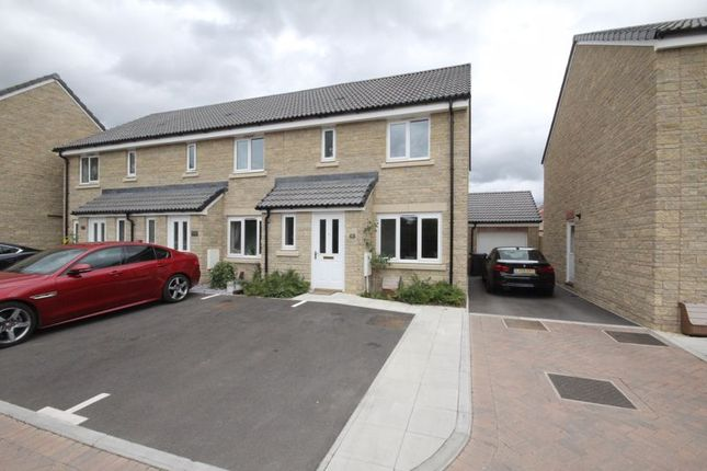 3 bed terraced house to rent in Academy Close, Melksham SN12