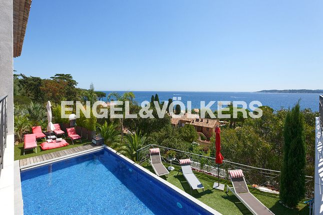 6 bed property for sale in 83120 Sainte-Maxime, France