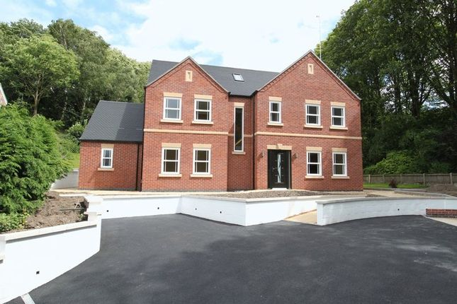 Thumbnail Detached house for sale in Ravenscliffe Road, Kidsgrove, Stoke-On-Trent