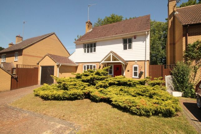 Thumbnail Terraced house for sale in Badgers Rise, River