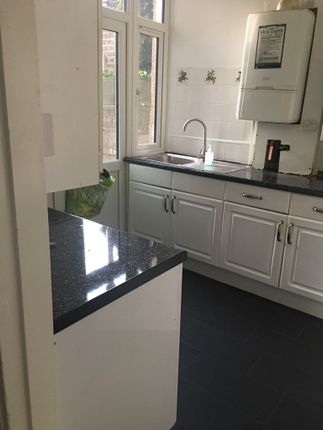 Thumbnail Terraced house to rent in Lansdowne Road, Ilford
